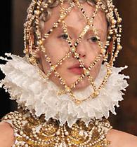 COPERTINA-Alexander-McQueen-collezione-autunno-inverno-2013-2014